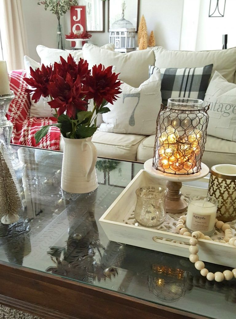 Holiday Coffee Table Essential Decor Elements With Images Cocktail Table Decor Christmas Coffee Table Decor Dining Table Decor