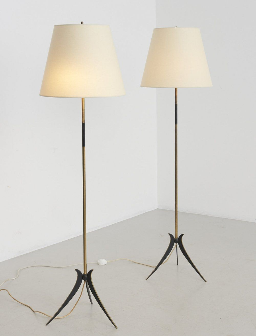 For Sale Pair Of Italian Floor Lamps 1950 S In 2020 Italian Floor Lamp Lamp Floor Lamp