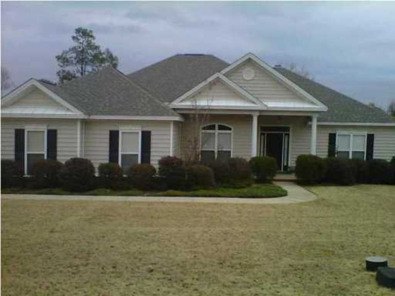 14 forest hill rd wetumpka al 36093 zillow forest