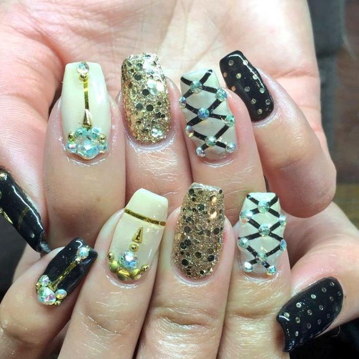 Bling, bows, and beautiful: glamorous nail art! Nail Tech: Savannah ...