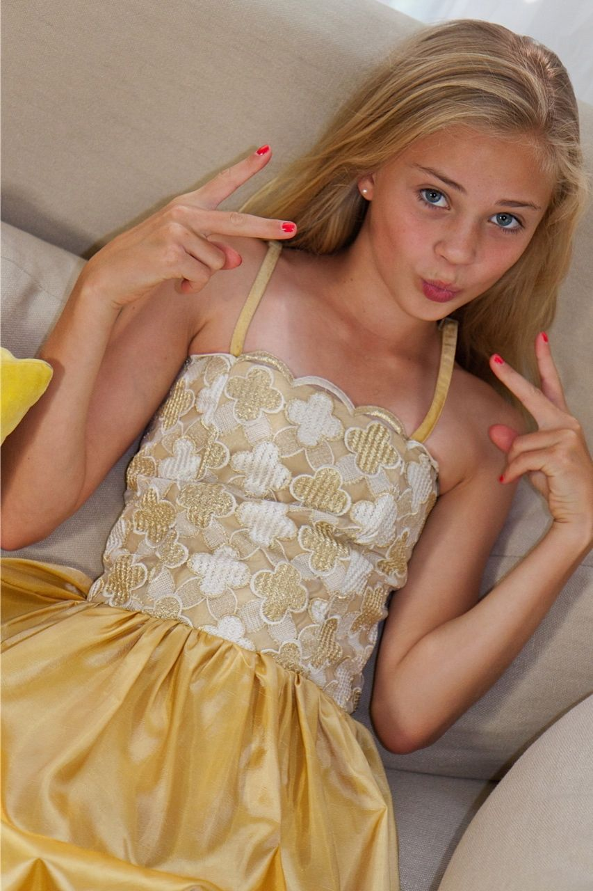goldenrod girls Download 2,103 goldenrod stock photos for free or amazingly low rates new users enjoy 60% off 78,111,085 stock photos online.