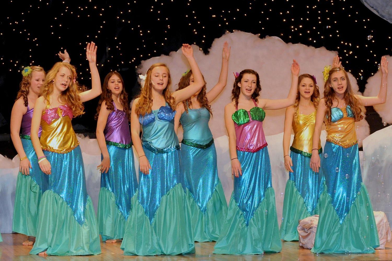 mermaids.jpg  sc 1 st  Pinterest & mermaids.jpg | costume u0026 set ideas | Pinterest | Peter pans and Costumes
