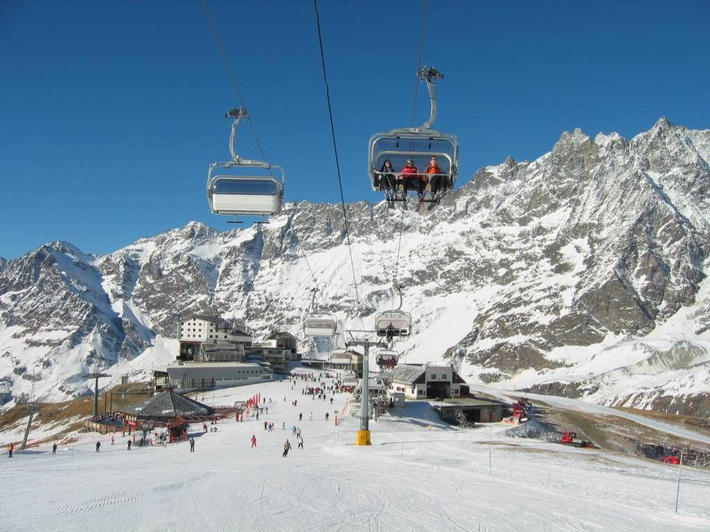 Valle D Aosta Google Search Skiing Resorts Ski Resort Skiing