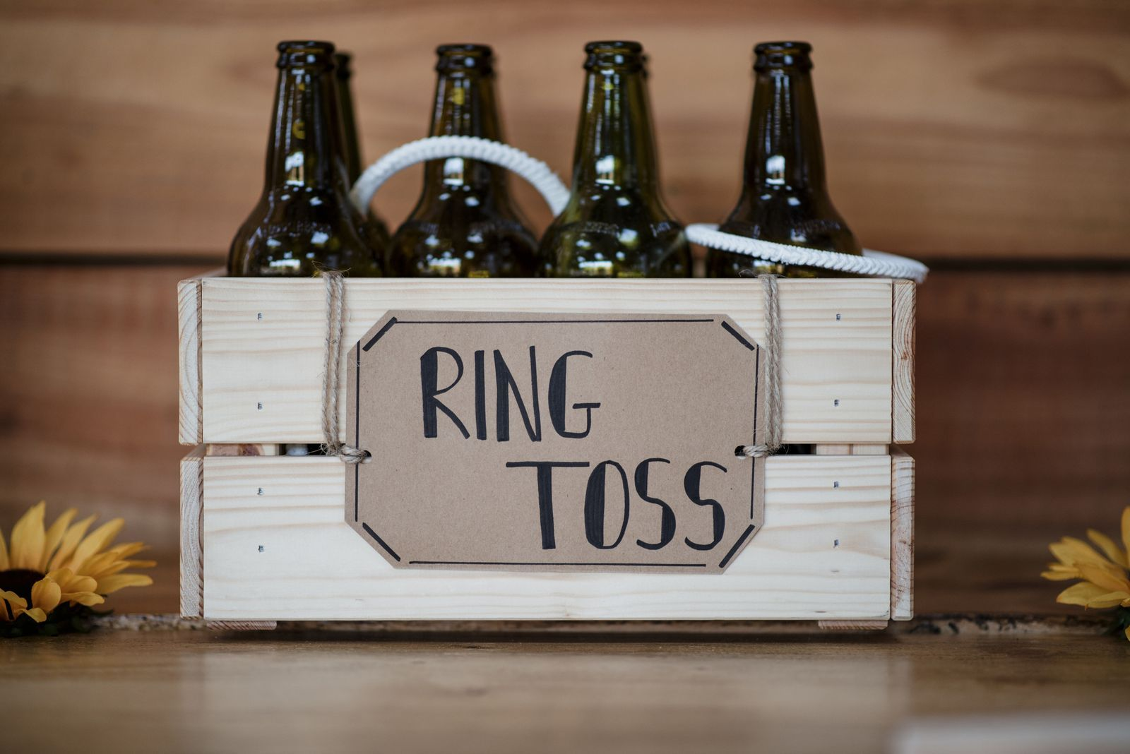 """Photo of 20 Best Engagement Party Ideas to Say """"I Do"""" To"""