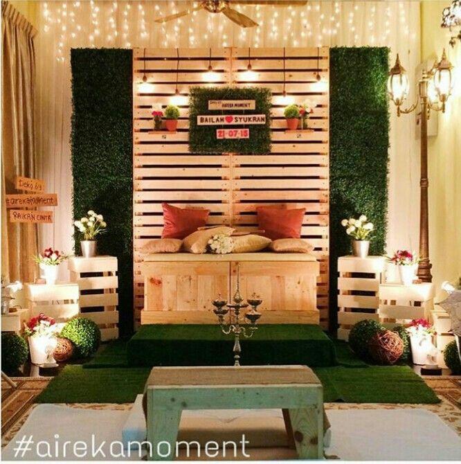 Rustic Barn Wedding Backdrop Ideas: Pelamin Rustic By @airekamoment (ig)