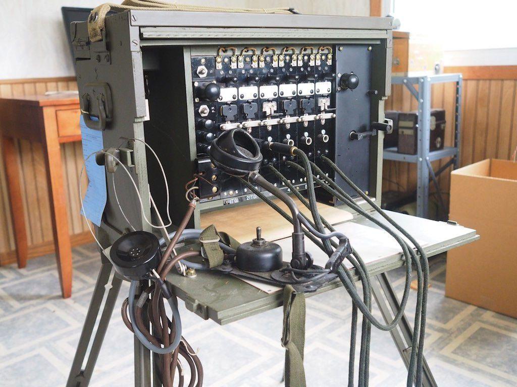 Signal Corps Bd 71 Field Telephone Portable Switchboard Ham Radio Corpse Telephone