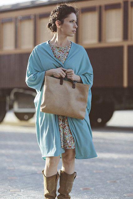 LUCKY bagleather  handbag van Telavivstreet op Etsy, $240.00 Width: 38 cm (15 in) Height: 29 cm (11.4 in) Depth: 6 cm (2.4 in)