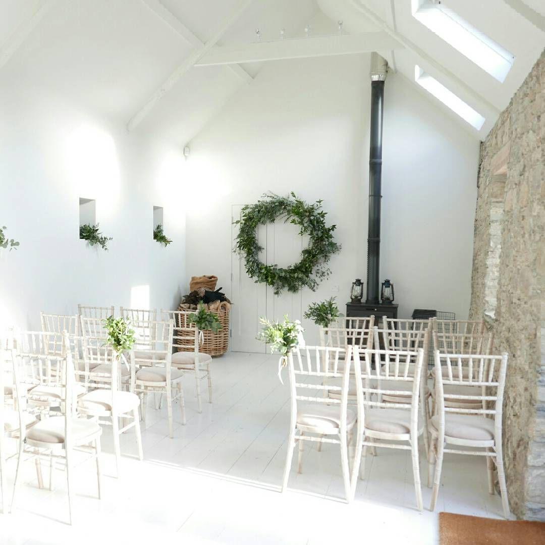 23 Stunningly Beautiful Decor Ideas For The Most: Cosy Winter Weddings . . #winterwedding #weddingdetails