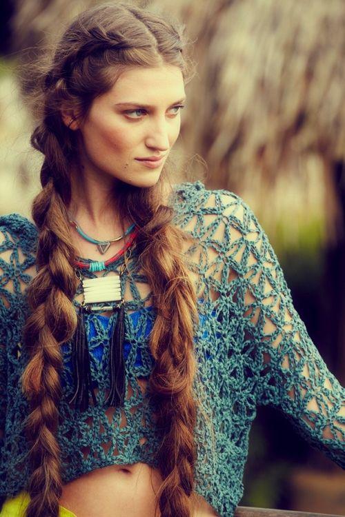 boho hairdo (omg those braids)