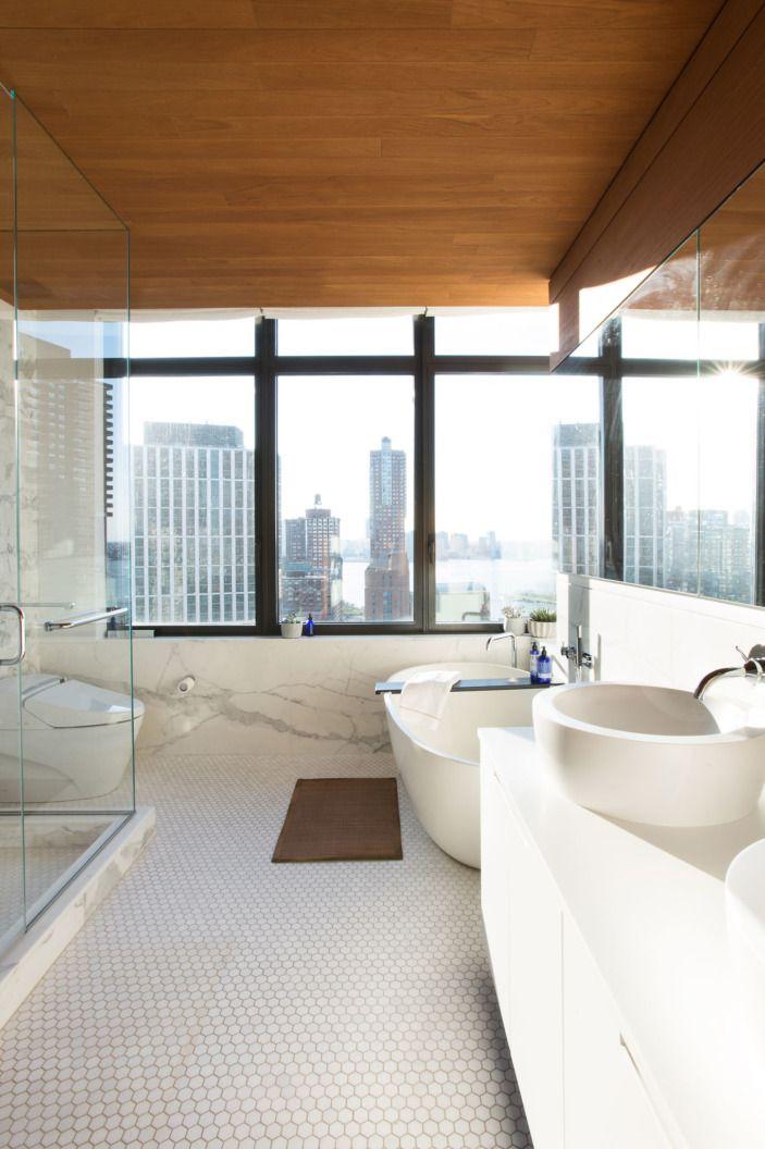 A Worldly Home On Top Of Manhattan Homepolish Bathroom Remodel Cost Elegant Bathroom Design Bathroom Cost