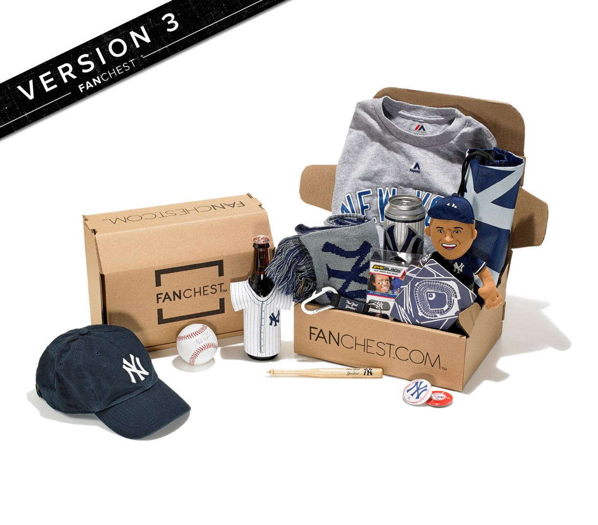 Ny Yankees Gift Box Yankees Gear Perfect Gift For Yankees Fans Fanchest New York Yankees Yankees Gifts Fanchest