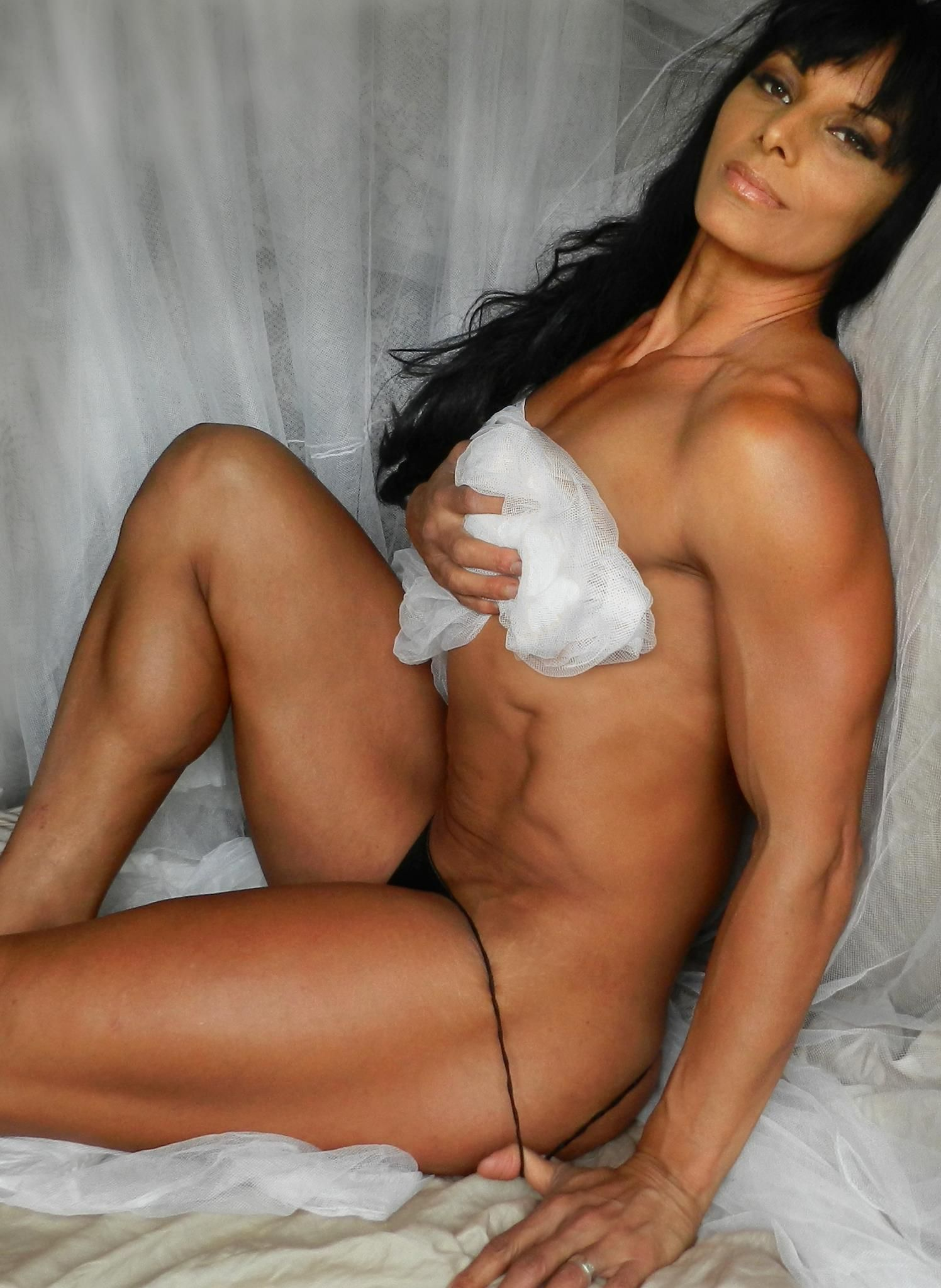 image Fit skylar rene stretching flexing and posing
