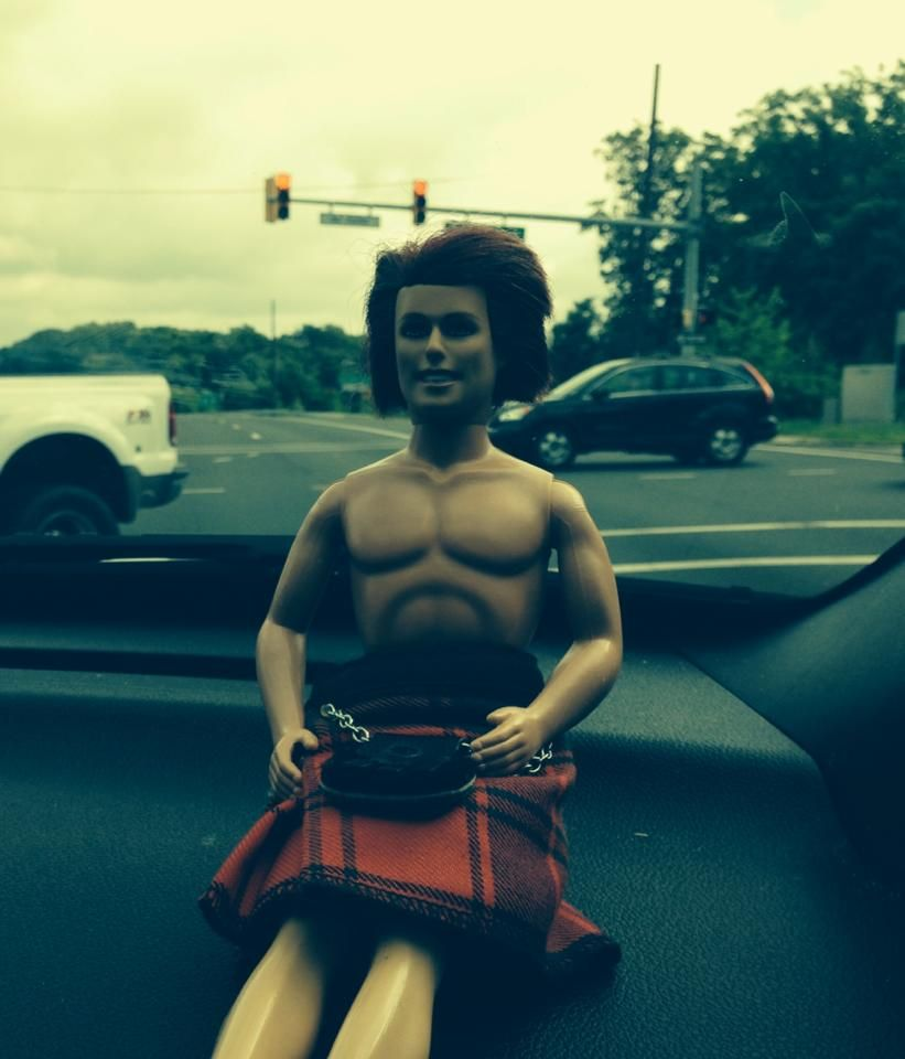 LOL...Pocket Jamie...on his way to NYC