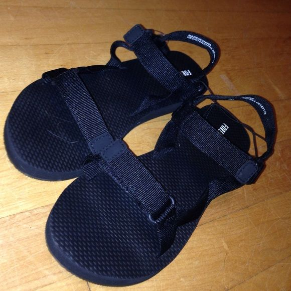 b9066f8c391 Black Chaco like shoes Look like Chacos and listed in Chaco for views I won