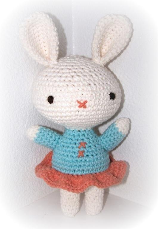 Betsy Bunny via Craftsy | Hermosos amigurumis! | Pinterest ...