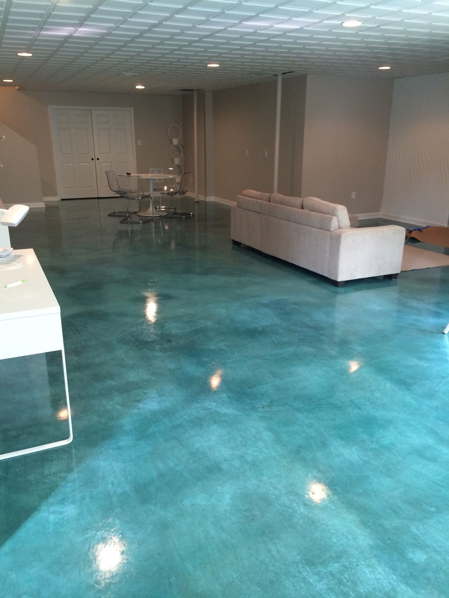 painting concrete bedroom floors. acid stained concrete floor-turquoise painting bedroom floors o