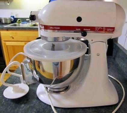 KitchenAid (KMS90) Ultra Power Stand Mixer (w/ attachments ...