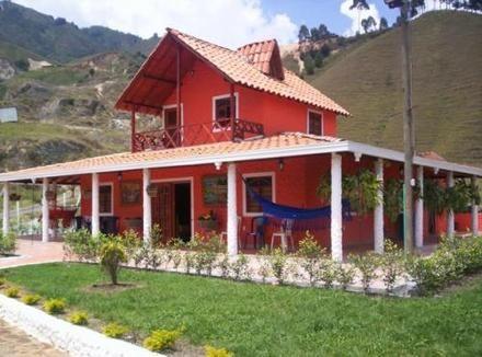 Casas campestres en colombia casas prefabricadas for Casa prefabricadas ecologicas