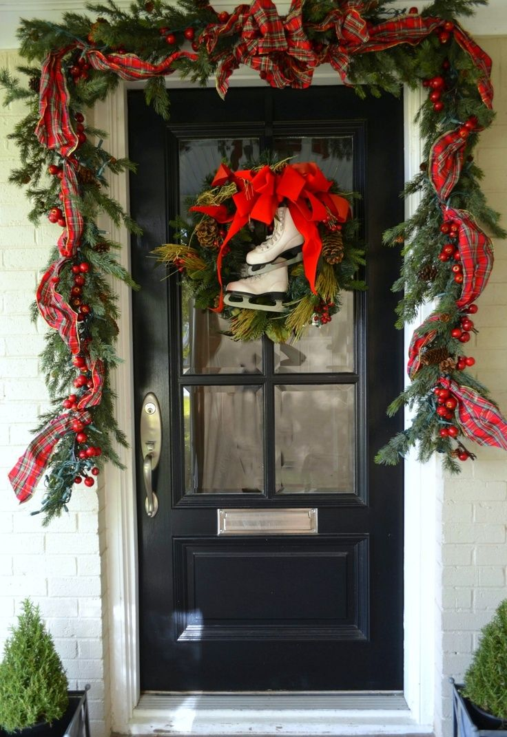 38 Stunning Christmas Front Door Decor Ideas Digsdigs Front Door Christmas Decorations Christmas Door Decorations Christmas Front Doors