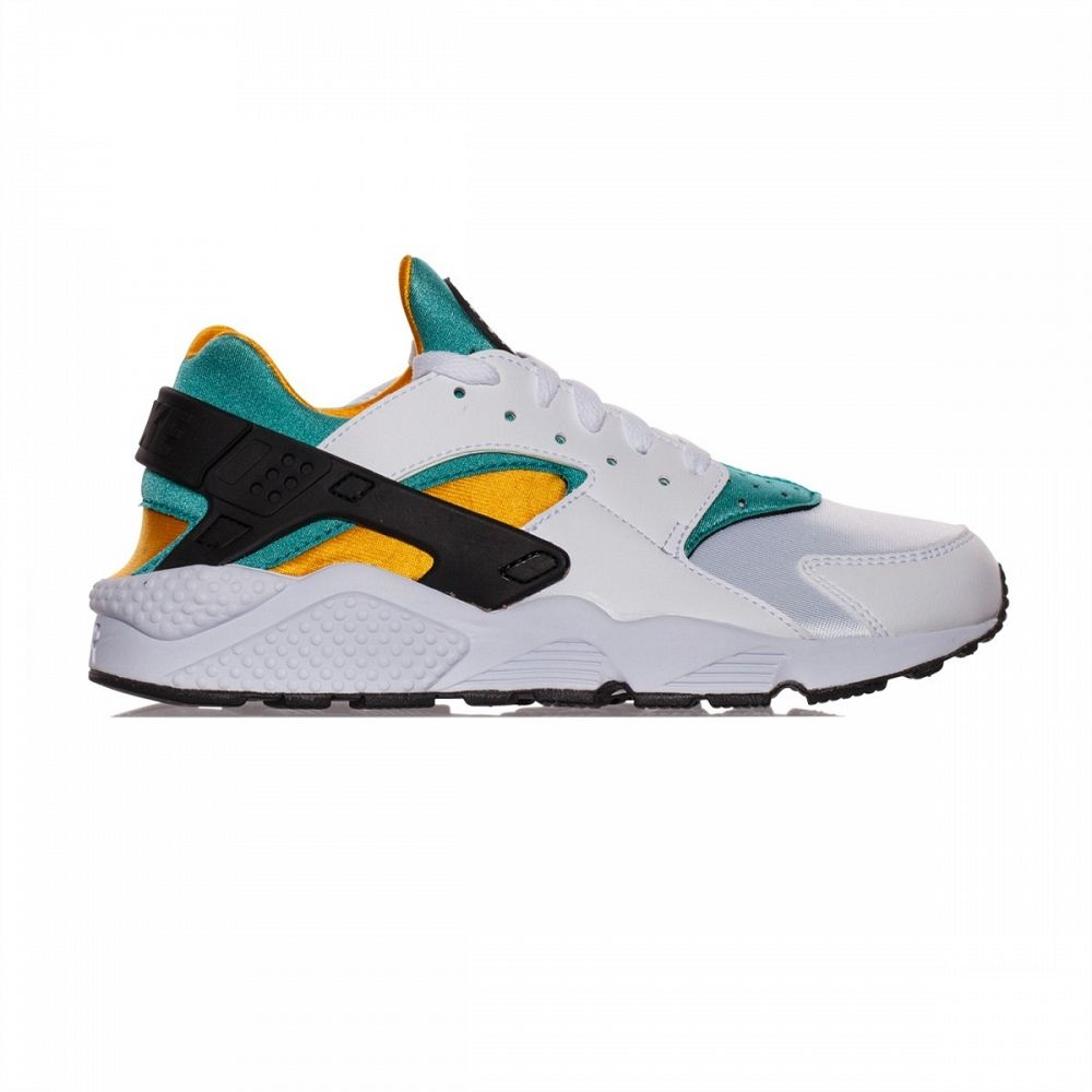 wholesale dealer 43092 8d3e3 The original Nike Air Huarache colorway from 1991 has just been released by  Nike Sportswear.
