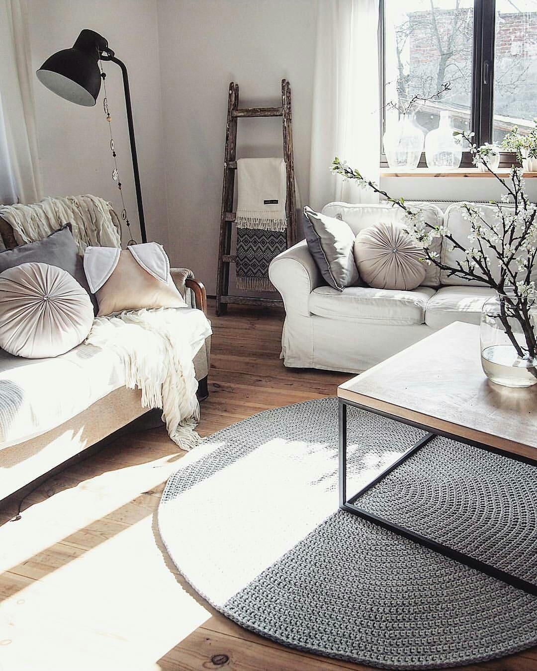 gestrickte teppich runder teppich teppich h keln h keln teppich h keln in 2019. Black Bedroom Furniture Sets. Home Design Ideas