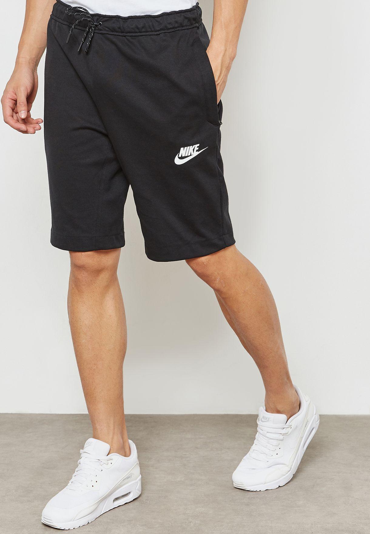 Necesario Consumir navegación  Buy Nike black AV15 Fleece Shorts for Men in Dubai, Abu Dhabi   861748-010    Fleece shorts, Black nikes, Men online shopping
