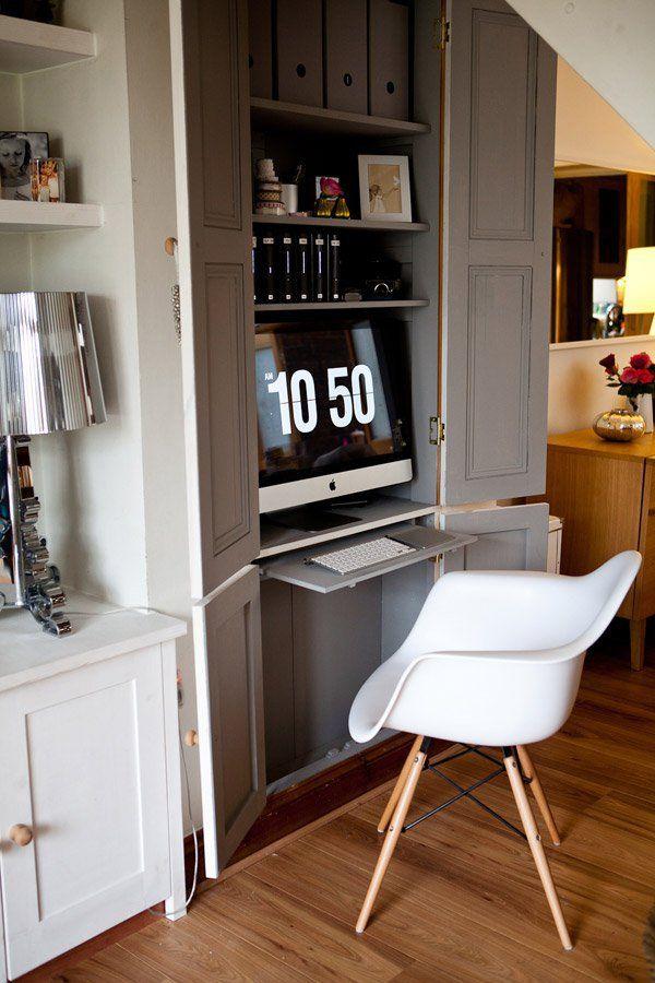 bureaux gain de place pour petits espaces dans une armoire ou un placard