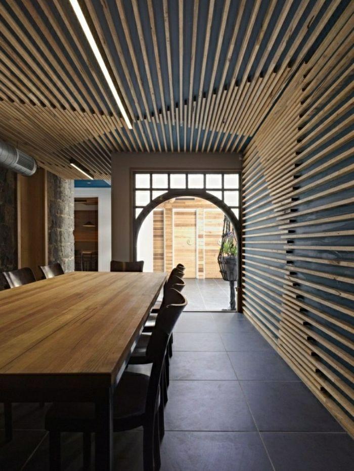 Wandverkleidung Aus Holz 95 Fantastische Design Ideen Archzine Net Holzlamellenwand Deckenarchitektur Wandverkleidung