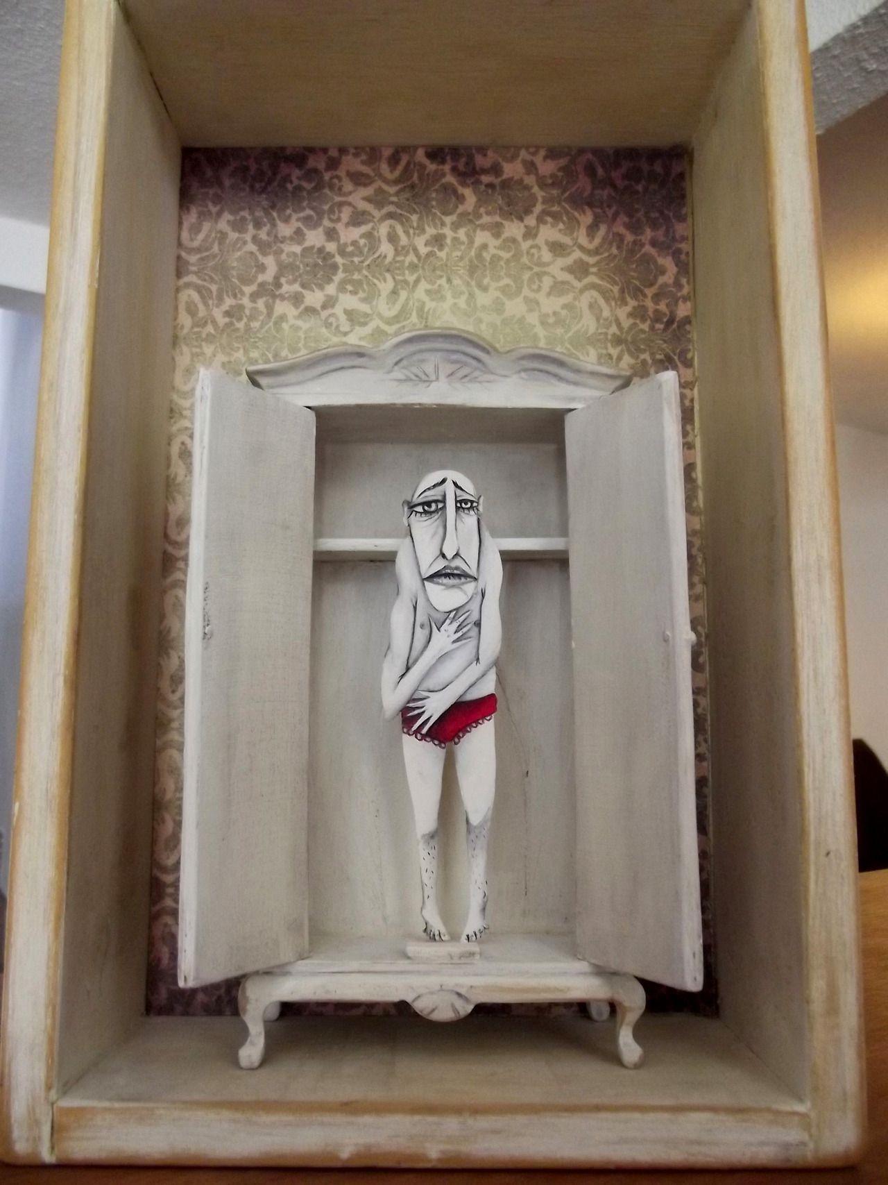 Desde el Closet. Ilustración objetual.