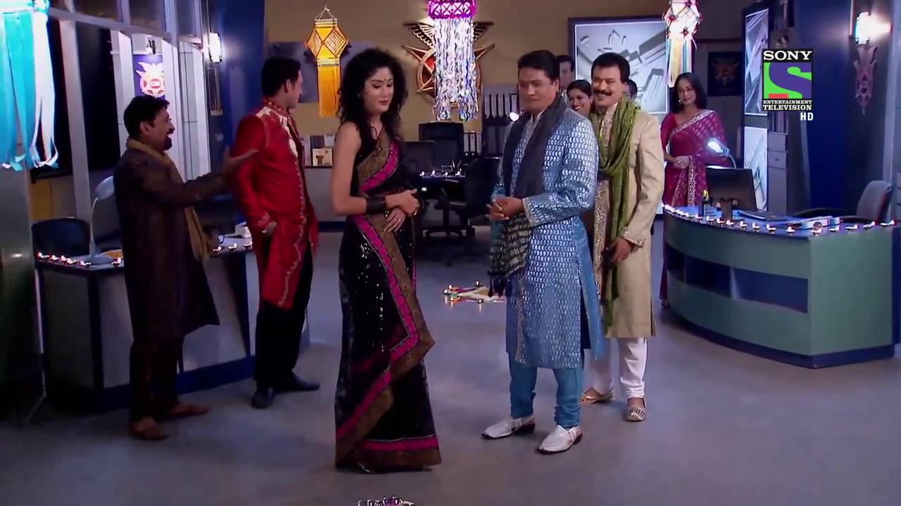 CID: Celebrating Holi  | Celebrities, All episodes, Shopping
