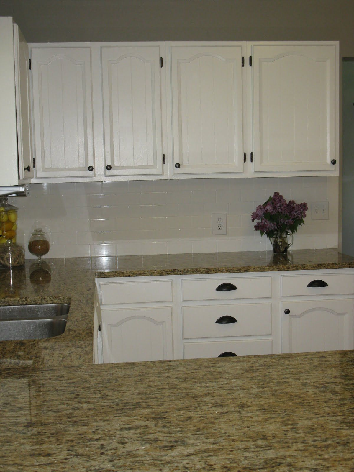 White Cabinets With Oil Rubbed Bronze Hardware And Hinges.