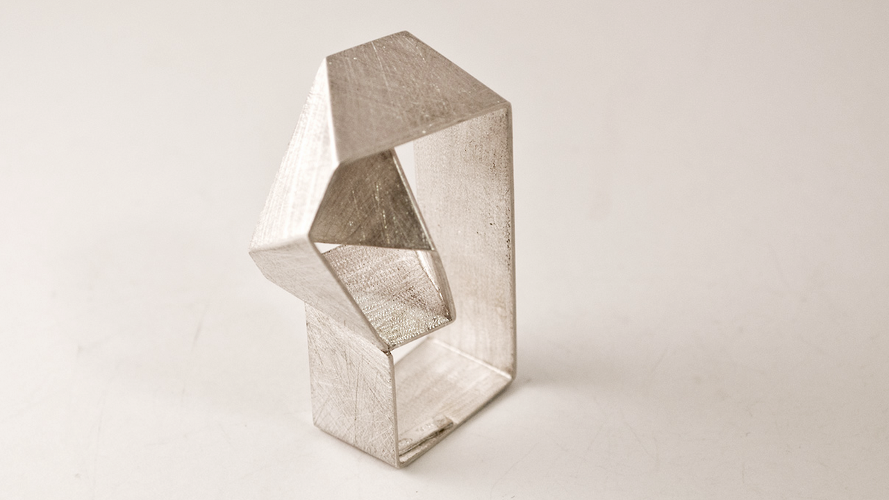 VIOLA FOGGI | That's Craft!  Origami jewelry