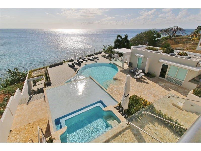 Impressive Oceanfront Estate Aguadilla Puerto Rico Caribbean Homes Estate Homes Caribbean Real Estate