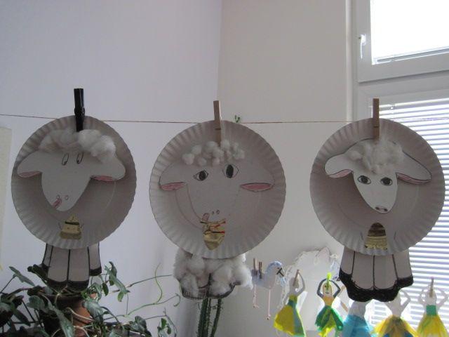 Ovečky z papírových talířů