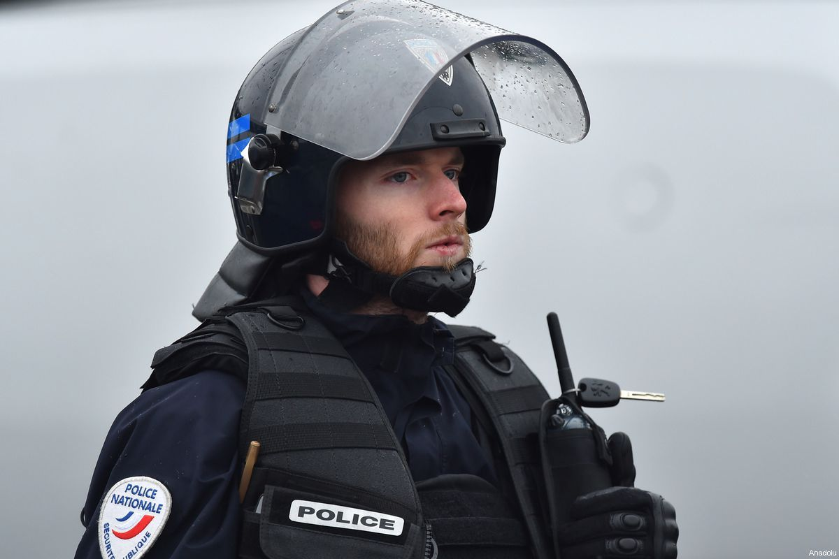 French Police Officer Arrested For Passing Documents To Morocco Police Officer Arrested Police Officer Police