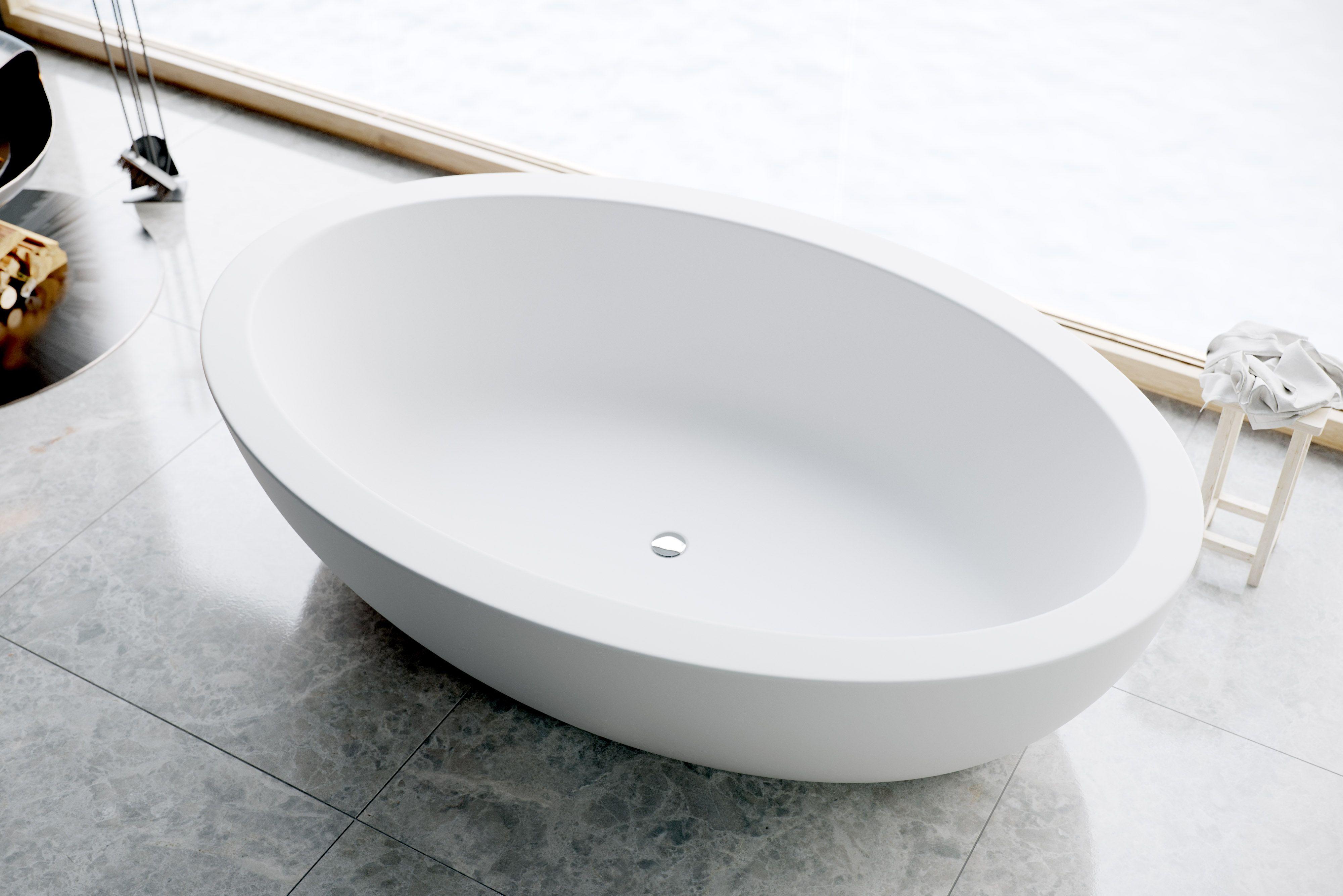 CORDELIA high end freestanding bathtub. 75\'\' with wide-edge bold ...