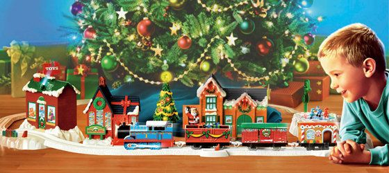 A Perfect Christmas Train Track That Will Fit Right Around Your Christmas  Tree!