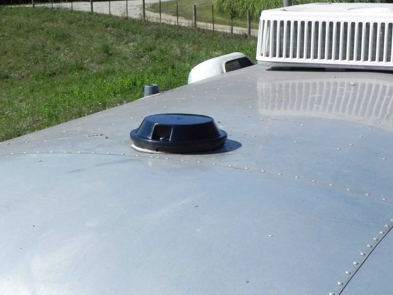 Ventline Vanair Trailer Roof Vent W 12v Fan 6 1 4 Diameter Smoke Ventline Rv Vents And Fans Vp Roof Vents Enclosed Trailers Fan Vent