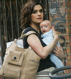 8 Beauty Secrets of Celebrity Moms Grab a Stylish Bag via