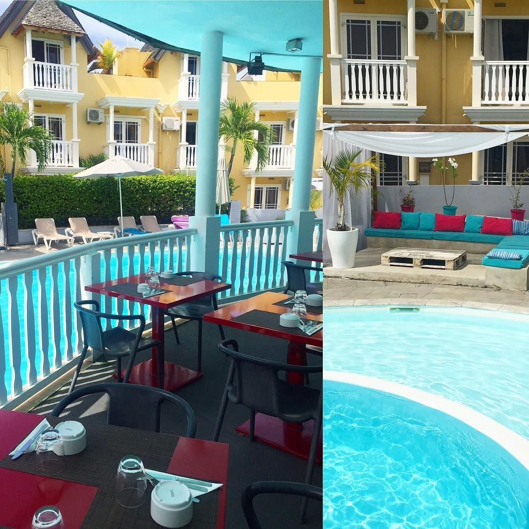 "Hotel Ermitage Boutique hotel trop mignon Tellement ""local"" #iledelaReunion #LaReunion #ile#island je vous le recommande! http://ift.tt/1nTCeX5  #pool#swimmingpool#turquoise#colors#colors_impact #colorsplash #breakfast #breakfasttime #wanderlust #wonderful_places #LOVES_FRANCE_ #lovetotravel #instapassport #beautifuldestinations #lovely #explore #exploremore #liveauthentic #live by emmanuellem06"