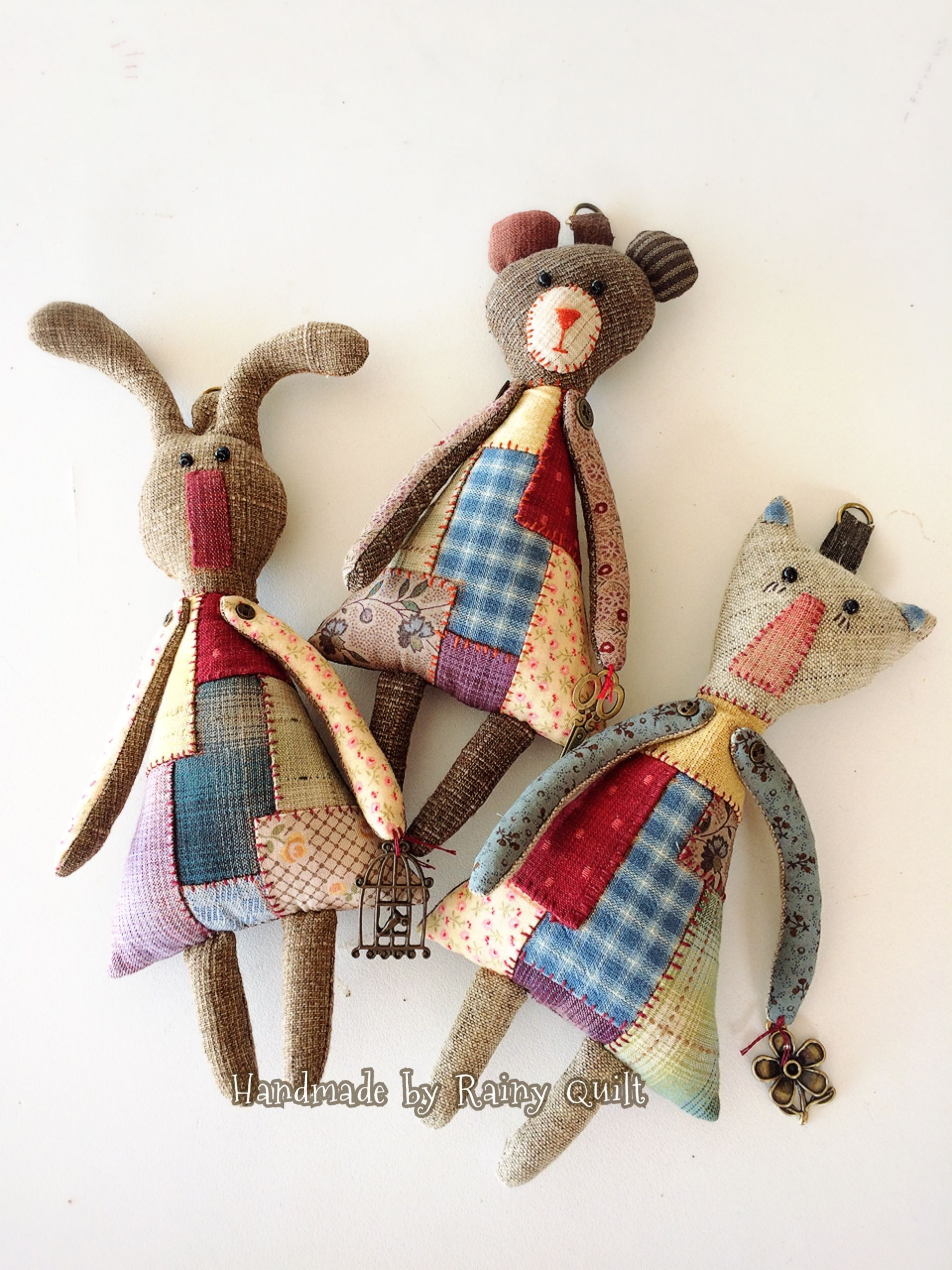 Shabby Patchwork primitiven Plüschtier-Ideen aus recyceltem Stoff #fabrictoys Recycle ...