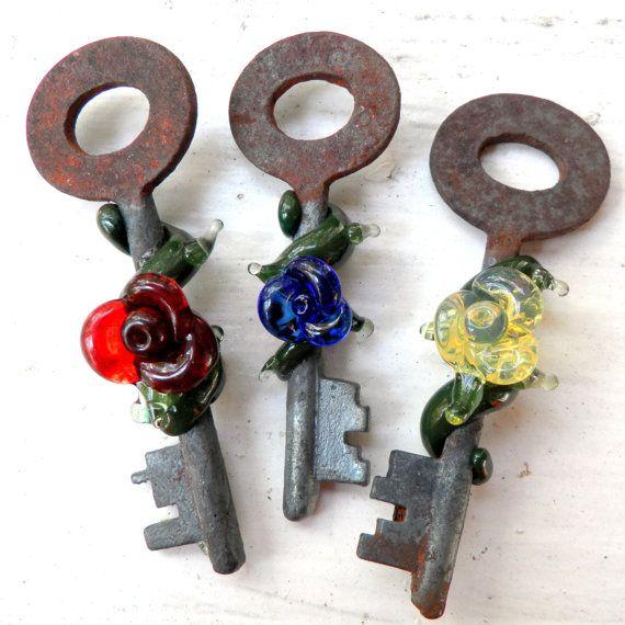 Skeleton Key Glass Rose, Vintage Necklace, Lampwork Glass Pendant, Flower Vines Jewerly, Flower Necklace, Rose Key to my Heart, Custom Color By Untamed Rose