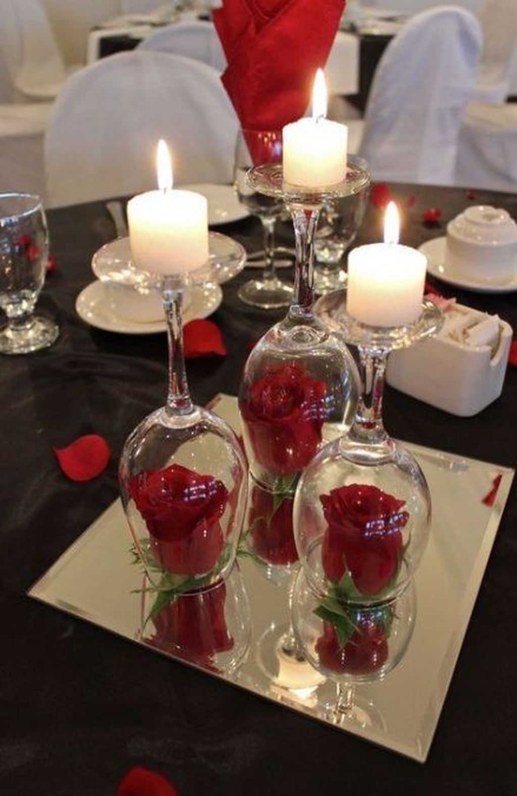 44 Stunning Valentine Table Centerpiece Ideas Homyhomee In 2020 Wine Glass Candle Holder Christmas Table Centerpieces Wine Glass Candle
