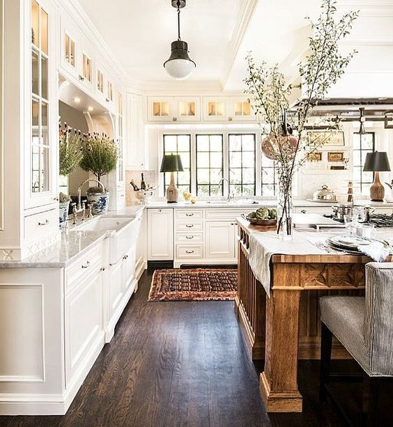 50 Favorites for Friday: Gorgeous New Kitchen Designs