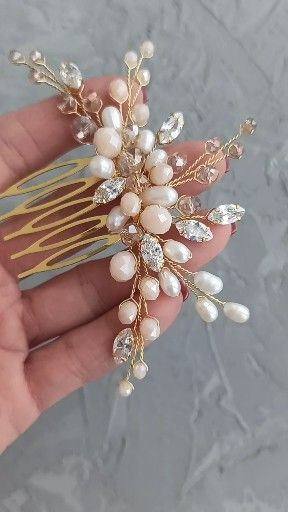 Bridal gold hair comb with freshwater pearl, pale peach and beige beads and cubic zirconia crystals, Wedding hair piece, Wedding headpiece