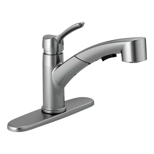 Delta Collins Series Pull-Out Single Handle Kitchen Faucet on Faucet ...