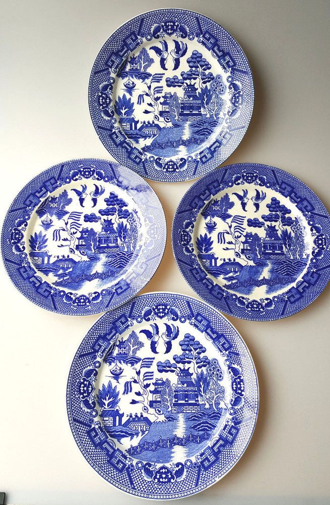 4 Blue Willow dinner plates made in Japan blue and white earthenware  sc 1 st  Pinterest & 4 Blue Willow dinner plates made in Japan blue and white earthenware ...