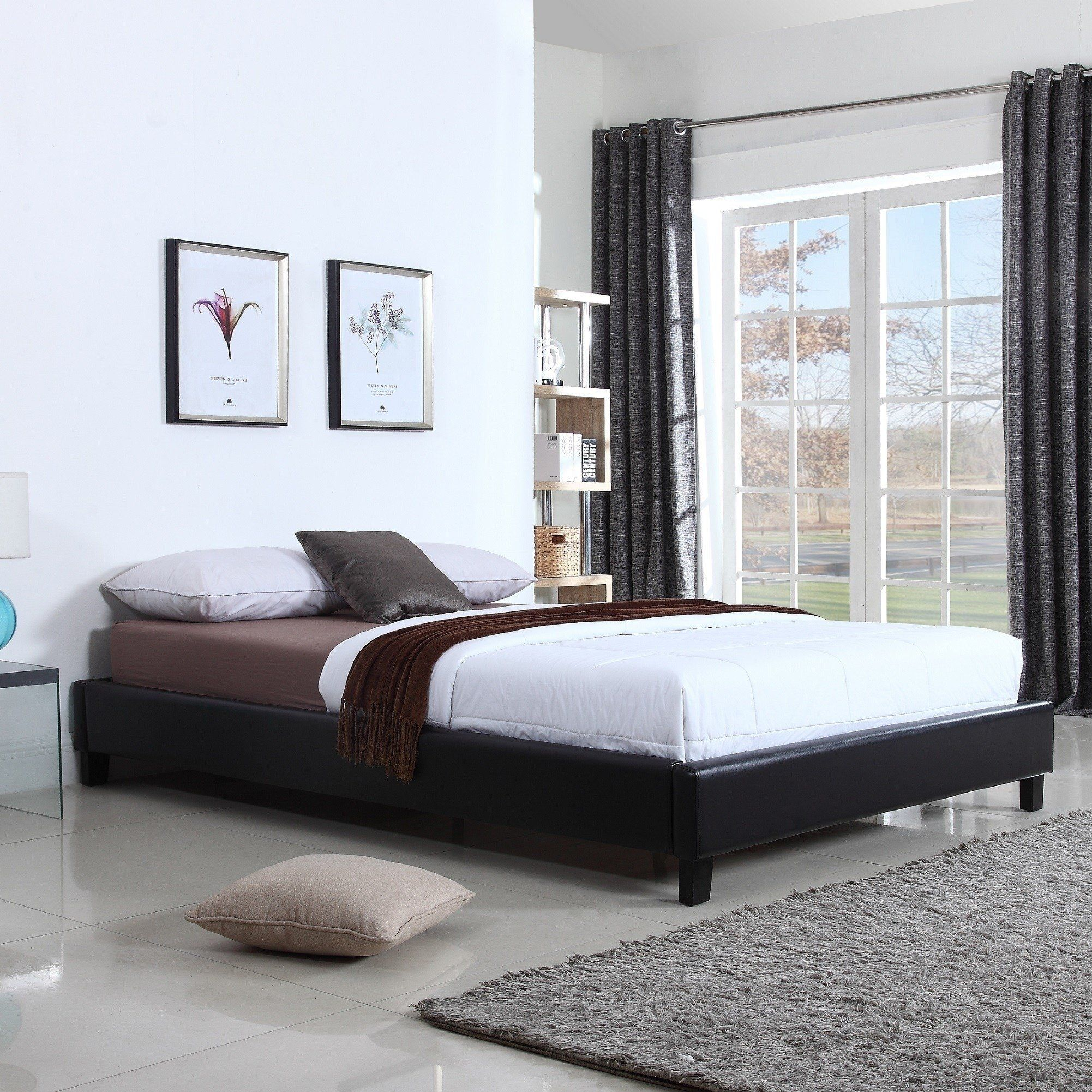 Hadwen Black Faux Leather Full/Queen Bed (Queen) Leather