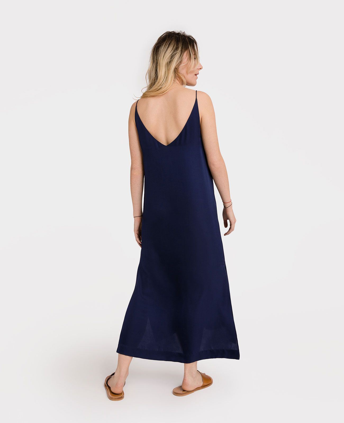 83c95cbc8edc Silk V-Neck Slip Dress in 2019   Inspiration   Fashion   Dresses ...