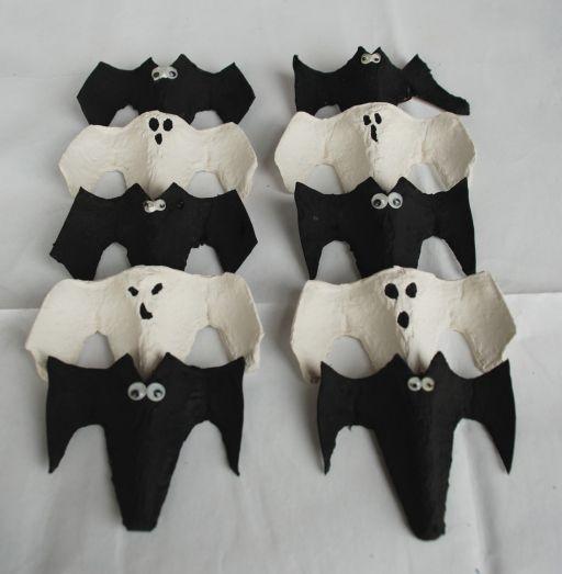 egg carton bats ghosts - Halloween Cartons